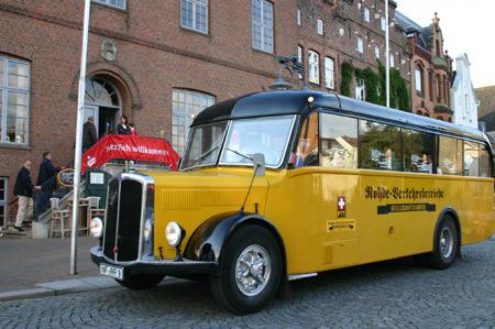 Stadtrundfahrten in Husum – Mit dem Oldtimer-Bus auf  Erkundungstour
