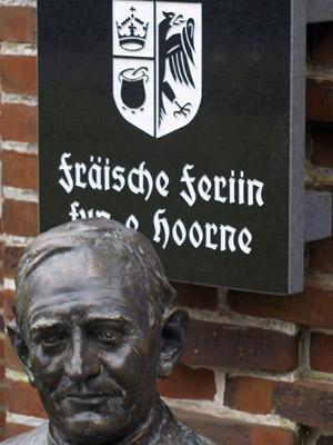 Ein Denkmal für Friedrich Paulsen – Langenhorn ehrt den berühmtesten Sohn des Dorfes