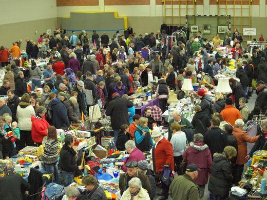 Und wieder großer Flohmarkt in der BGS-Halle Bredstedt