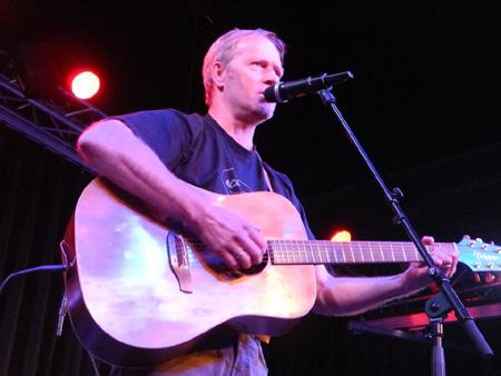 Rainer Martens live in der Musikantenkneipe Lütt Matten