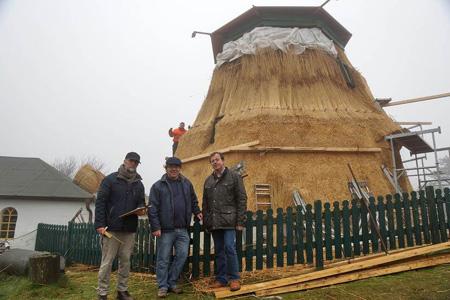 Amrum: Sanierung der ältesten Windmühle Schleswig-Holsteins kommt voran