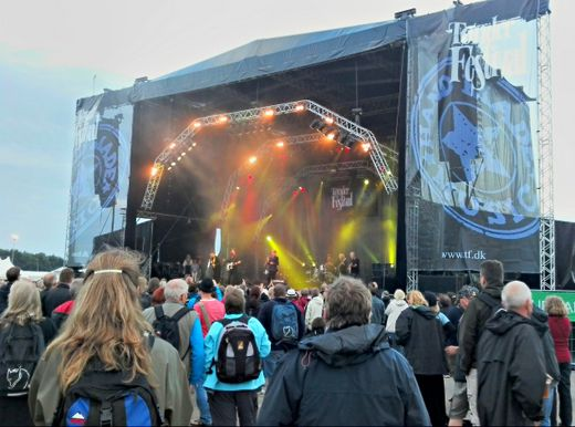 Kristian Leth trifft Niels Hausgaard – Dänisches Gipfeltreffen beim Tønder Festival