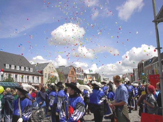 Bredstedt wird wieder königlich – Kinderfest 2013