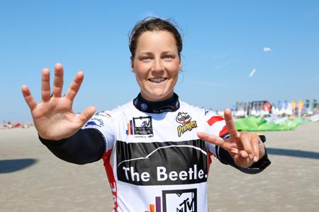 Kielerin Christine Bönniger gewann bisher alle Slalom-Läufe beim Beetle Kitesurf World Cup