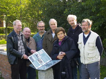 Langenhorn: Am Denkmal für Friedrich Paulsen kann man nun auch alles nachlesen