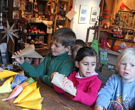 Tetenbüller Kinder besuchen das Haus Peters