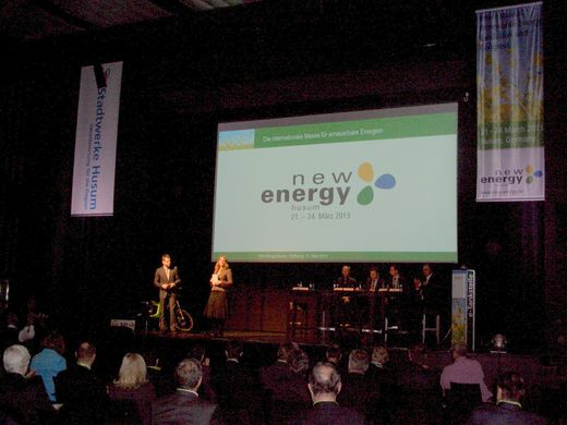 New Energy Husum richtet 3. Science Slam aus