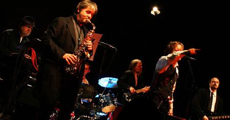 Brennholz Bluesband live im Lütt Matten Garding