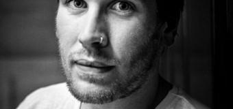 Arm in Arm mitgröhlen: Rob Lynch & Band im Speicher Husum