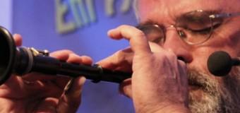 """""""em Huisken"""" mit seinem Programm """"jank frison"""" live im Frühlings Café, Joldelund"""