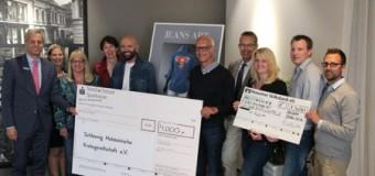 Scheckübergabe der Jeans Art Aktion an die Beratungsstelle der Schleswig Holsteinischen Krebsgesellschaft