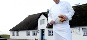 Traumschiff Küchenchef ankert auf der Hamburger Hallig