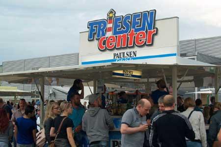 Abend-Flohmarkt mit Live-Musik beim Niebüller Friesencenter