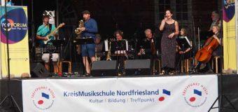 """""""Singen macht Spaß"""" und vieles mehr beim 11.Husumer Schlossvergnügen"""
