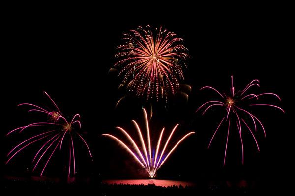 12. Hafenfest mit Feuerwerkspektakel »Föhr on Fire«