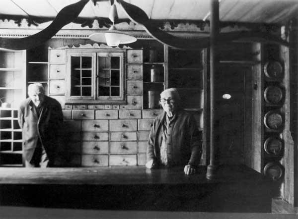 Kolonialwarenladen-Erinnerungen im Haus Peters in Tetenbüll