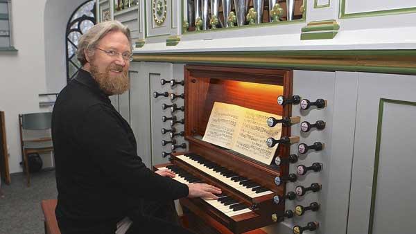 Kai Krakenberg zu Gast beim beim Langenhorner Orgelsommer